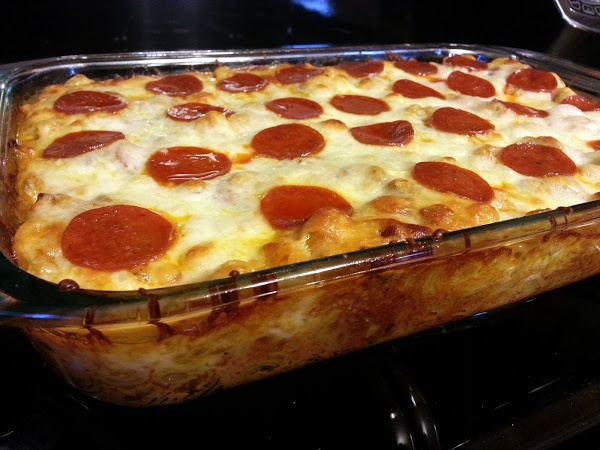 Kais pizza casserole! 4.92 stars, 60 reviews. very easy and delicious.  one of my new faves. @allthecooks #recipe #easy #hot #pizza #casserole #dinner