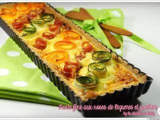 Tarte fine aux roses de légumes et jambon
