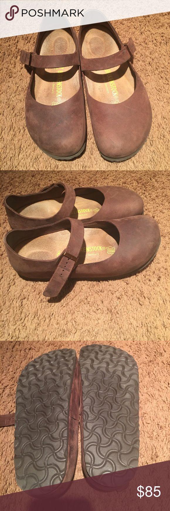 Women's birkenstocks Size 37 brown leather women's birkenstocks in amazing condition. So comfy, just don't wear. Birkenstock Shoes Mules & Clogs