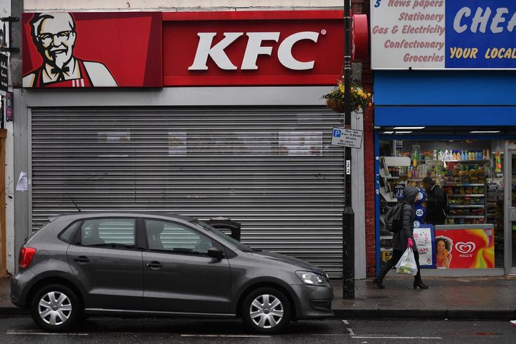 From KFC a 3-Letter Apology for Its U.K. Chicken Crisis
