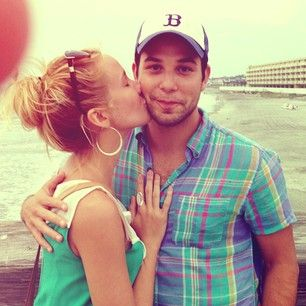 Stay cute, you two. | Anna Camp And Skylar Astin Are The Perfect Couple
