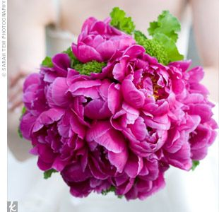 hot pink peonies bouquet.: Bouquets Style, Bridal Bouquets, Fuchsia Bouquets, Bride Bouquets, Wedding Flowers, Beautiful Flowers, Pink Peonies, Green Flowers, Fuchsia Peonies