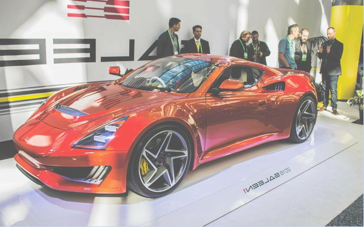 LOS ANGELES (California) - It is in the entrance hall of the LA Convention Center, during the second press day of the 2017 Los Angeles Show, Steve Saleen we unveiled its latest baby: the Saleen January 2018, the first new car Niche manufacturer after more than fifteen years.Modest performance  In front of a crowd of journalists that was presented in January 2018 Saleen painted orange.   #Auto Shows #Los Angeles #Saleen January 2018: the first new Saleen in over fifteen yea