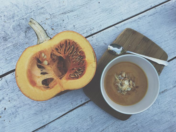 Homemade pumpkin soup! Autumn is coming, so if you need warm up your body, this is a great idea!):) #sileshion#pumpkinsoup#pumpkin#autumn#spicy