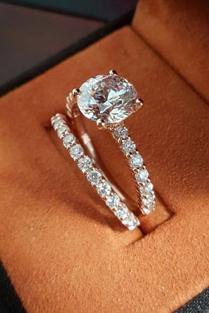 3 Ct total weight 2 Ct Center Diamond Natural GIA Certified $19,995