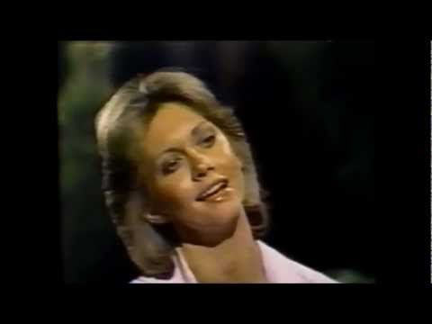 "John Denver & Olivia Newton-John ""Fly Away"" (1975)"