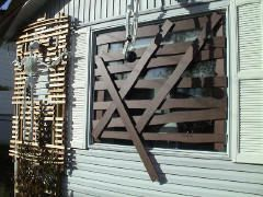 Boarded-Up Windows - made with painted styrofoam and velcro | Haunted Yards DOT Com
