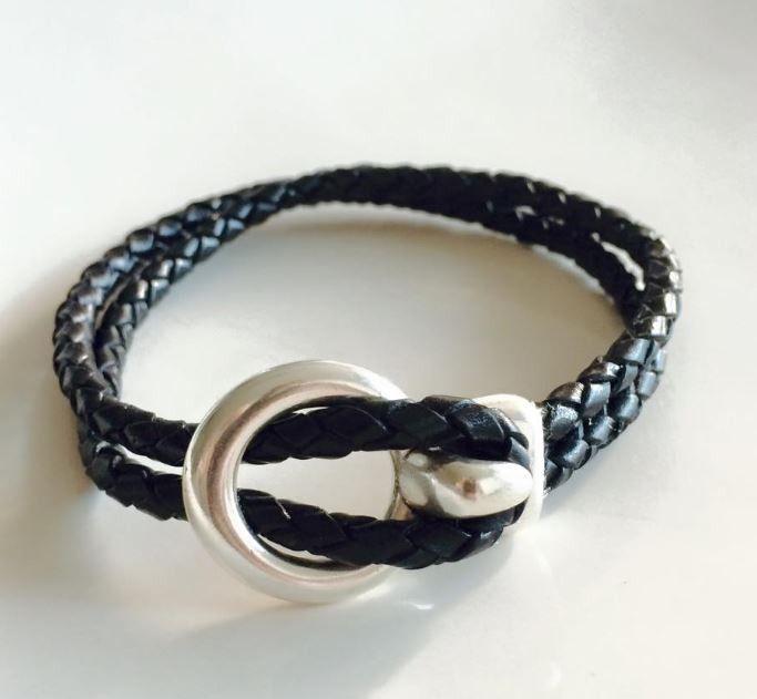 Bracelet cuir avec fermoir crochet : Bracelet par manava-creation