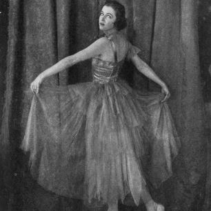 Irene_Castle_Ball_Gown_before_1917