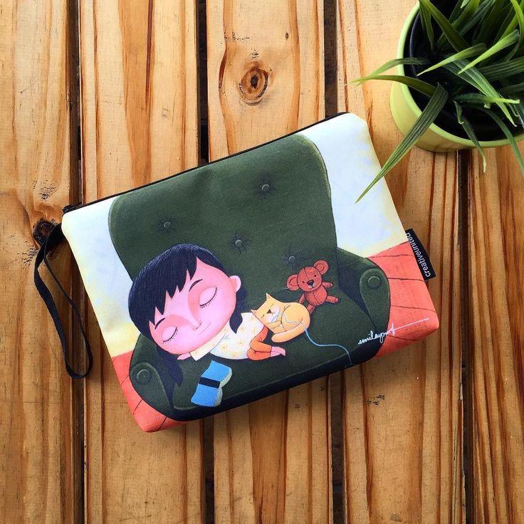 "Dapatkan pouch bag 'DINA SERIES: READ TO SLEEP' oleh @emilayusof di Creative United.  Pouch bag bersaiz 10""x7.5"" ini sesuai untuk membawa aksesori makeup tablet mini alat tulis dan lain-lain aksesori harian anda.  Pembelian secara online yang selamat dan cepat menggunakan IPAY untuk bayaran terus dari akaun bank anda PayPal dan Cash Deposit. Dapatkannya sekarang!  #creativeunited #creativeunitedmy #pouchbag #love #drawing #illustration #art #malaysia #malaysiaart #lokalah #lokalahmy…"
