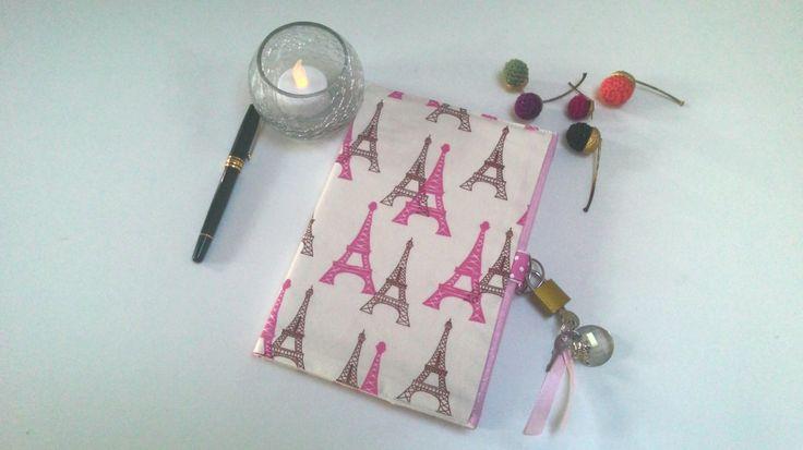 Carnet secret avec cadenas/ journal intime Paris / carnet d'artiste/ carnet de notes/carnet de voyage/carnet de cuisine/protège carnet de la boutique AuZizileBazar sur Etsy