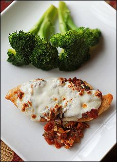 Mozzarella-Topped Scaloppine With Rustic Tomato Sauce Recipe Details | Recipe database | washingtonpost.com