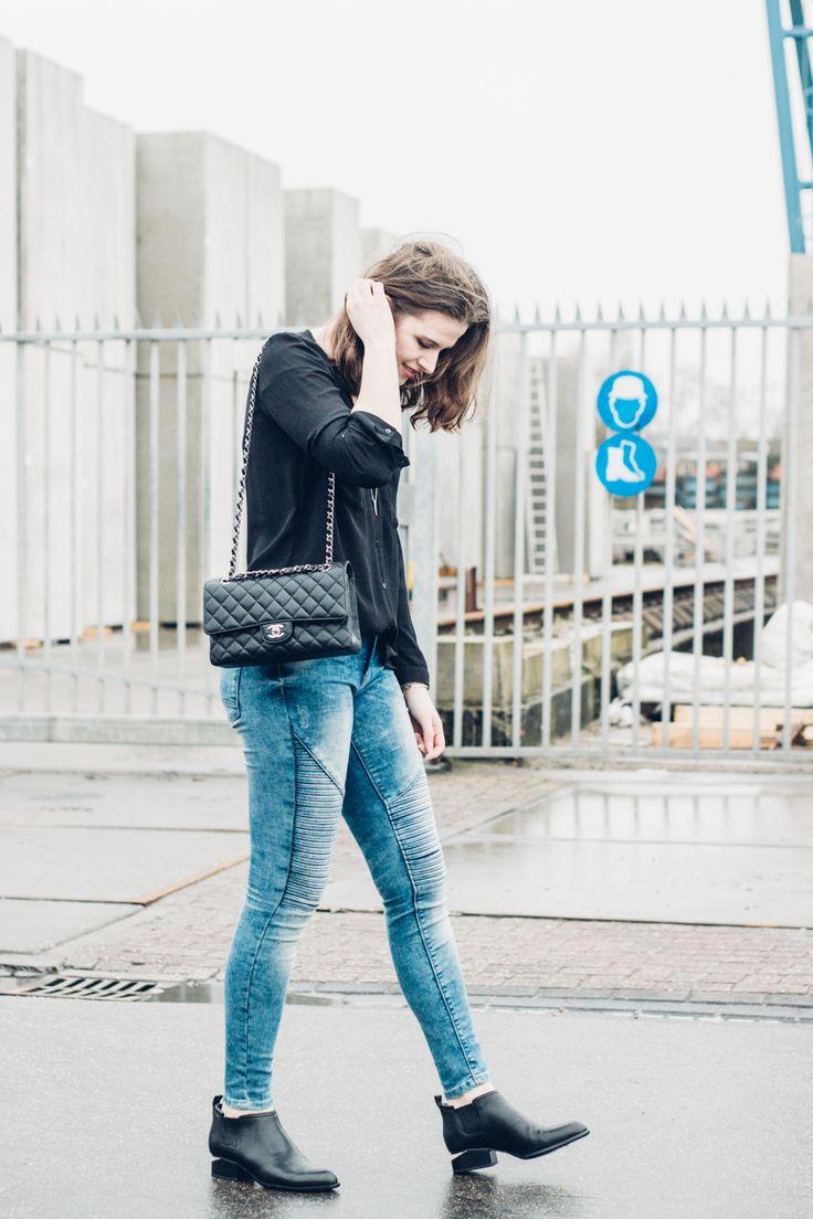 Copyright ILUMUOTI Outfit Chanel Wang Loose Hair waysify