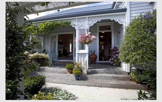 Gorgeous! 1900's Villa - Cambridge, New Zealand