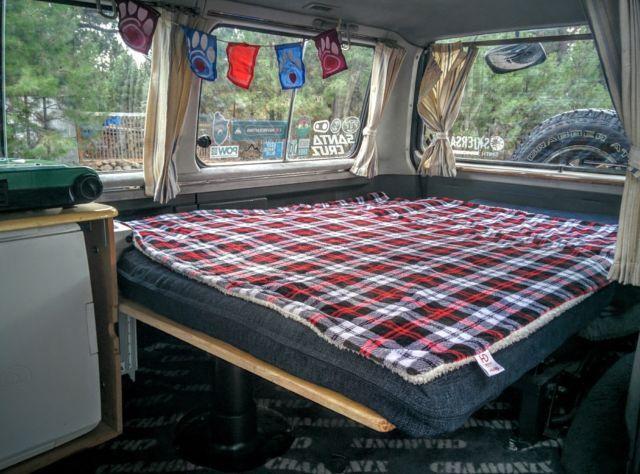 1986 Mitsubishi Delica L300 4x4 Turbo Diesel Camper Conversion Van
