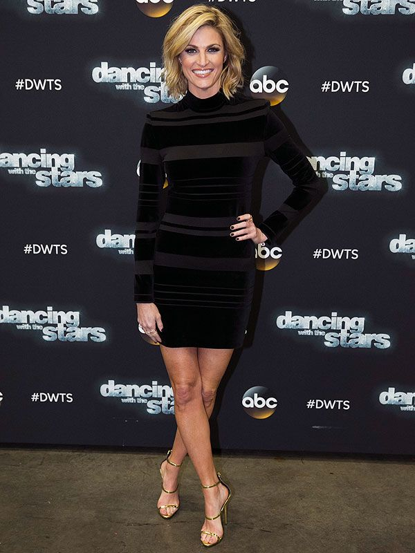 Erin Andrews' <em>DWTS</em> Photo Diary: This Week's Look Was Essentially the World Series of Faking Sleep! http://stylenews.peoplestylewatch.com/2015/11/03/erin-andrews-dancing-with-the-stars-photo-diary-mini-dress/