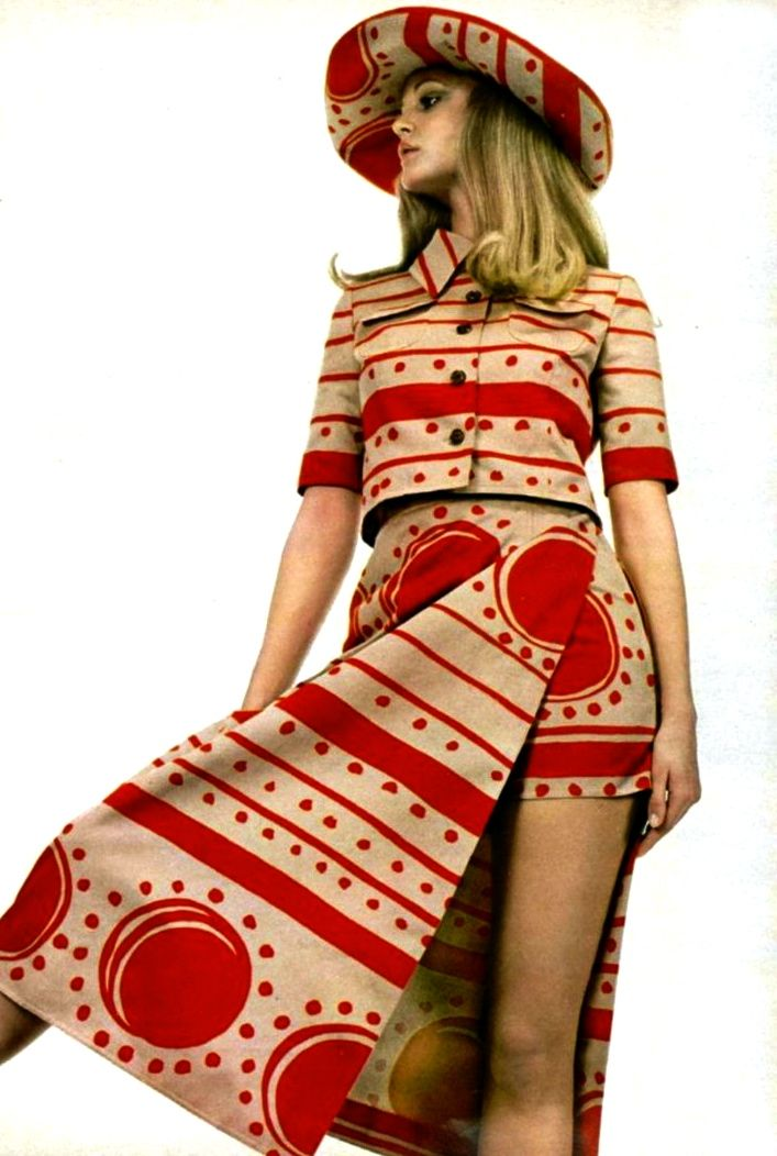 1970's fashion louis feraud 1971