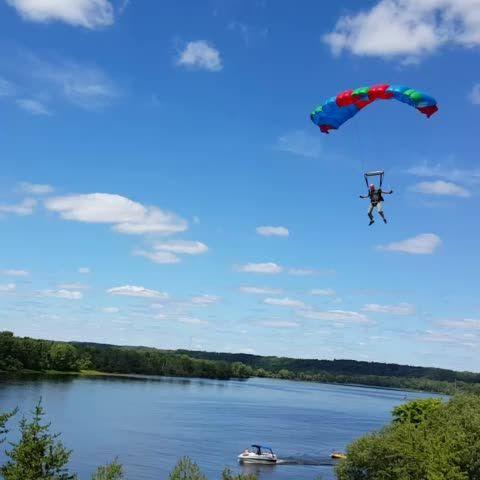 #Vine #music #skydive #Canada #Quebec