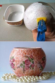 Роскошный подарок на 8 Марта, декупаж стеклянной вазы с мозаикой из яичной скорлупы | Рукоделие в стиле шебби шик