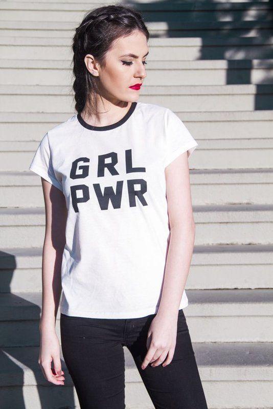 Nós precisamos entender que o poder GIRL POWER já está em nós. Tomando…