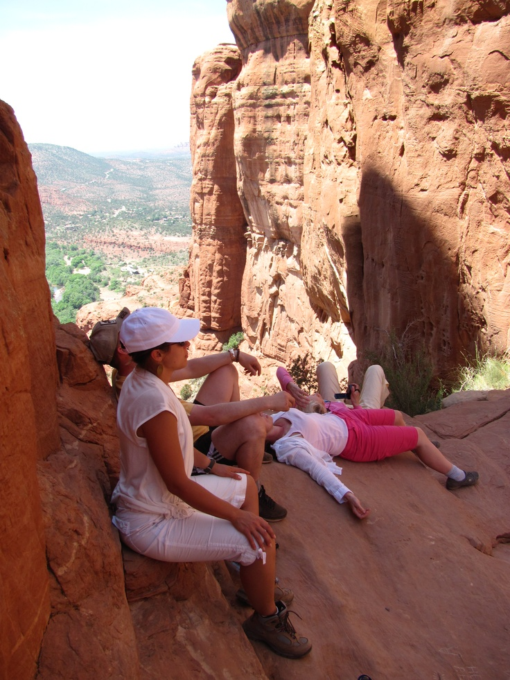 Meditation on a vortex site. Медитация в месте силы. Седона, Аризона.