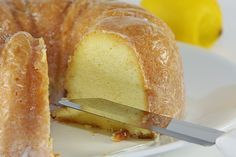 Πανεύκολο lemon cake με γιαούρτι σε 5 βήματα! | tselemedes