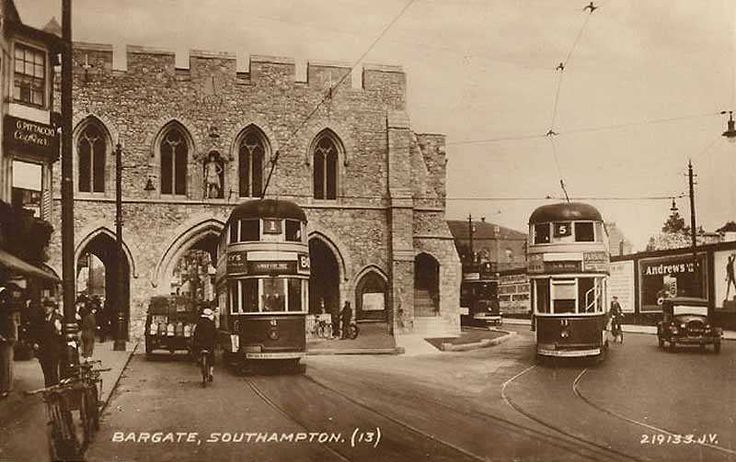 southampton trams | Hampshire, Southampton, Bargate - old trams and vintage motor car