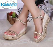 Ventes chaudes femmes sandale chaussures 2017 nouvelles chaussures d'été de mode sandales rivet de paille tresse coins chaussures femme plate-forme de cales sandales(China (Mainland))