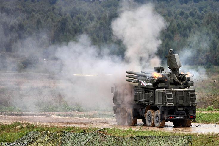 Стрельба ЗПРК 96К6 Панцирь-С1 (96K6 Pantsir-S1 firing)