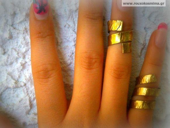 Δαχτυλίδια chevalier χειροποίητα, σφυρήλατα απο μπρούντζο