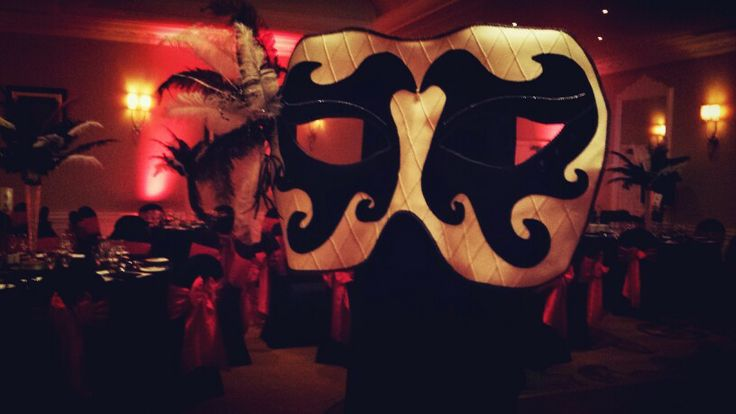 Giant moving mask walk about entertainment for corporate events. #entertainment #bespoke #bespokeentertainment
