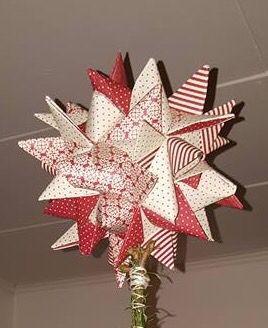 Flettet stjerne. Her brugt til et juletræ