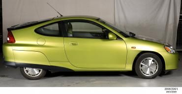 This car was the first hybrid vehicle to arrive in Australia. It is a pre-production car and therefore has no compliance plate. Motor car, petrol-electric hybrid, Honda Insight 3-door hatch, metal / plastic / rubber / glass, designed and made by Honda Motor Co Ltd, Japan, 2001