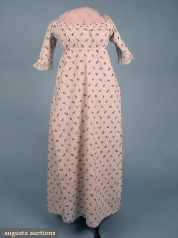 PRINTED COTTON ROUND GOWN, ENGLISH, c. 1800, Augusta Auctions (front)