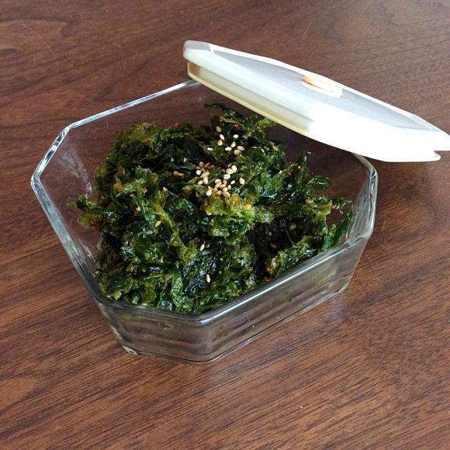 朝に食べたかったので、にんにくは入れませんでした。 海苔のキムチを真似して作ってみました。 - 91件のもぐもぐ - アオサのキムチ by chocomuffin0426