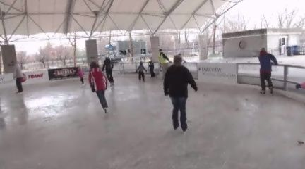 Headwaters Park Skating Rink celebrates busiest day in existence | 21Alive: News, Sports, Weather, Fort Wayne WPTA-TV, WISE-TV, and CW | Local