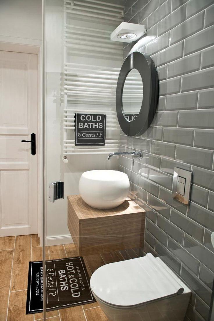 Nowoczesna łazienka z szarymi kafelkami