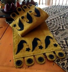 crow penny rug wool table runner