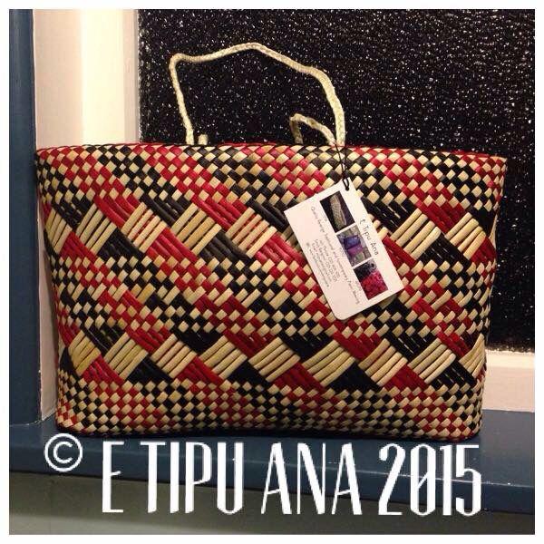 #etipuana_ketewhakairo  Tino Rangatiratanga  Hand woven by julz and em @ E Tipu Ana out of New Zealand harakeke (flax)