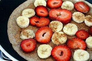 Faites griller quelques quesadillas aux fruits pour le petit-déjeuner.   25 façons simples et efficaces de manger plus de fruits et de légumes