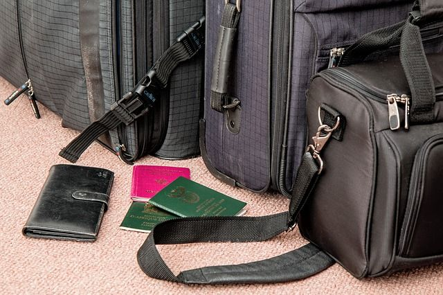 Viaggi e vacanze: le 10 regole per non farvi trovare impreparati