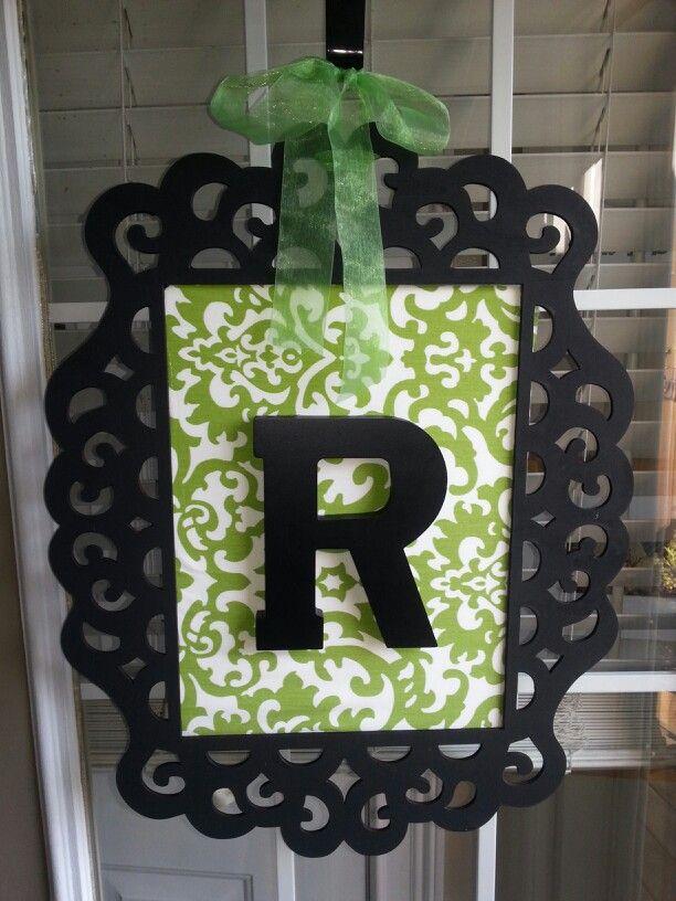 10 best images about front door decor on pinterest for Shoulder decoration 9 letters