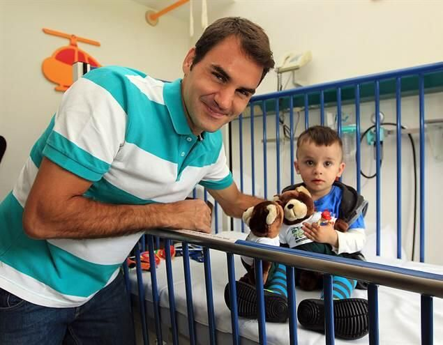 ~via Twitter / TheSliceTweets: A GOAT on and off court: Roger Federer visited the Children's Hospital near Halle yesterday.