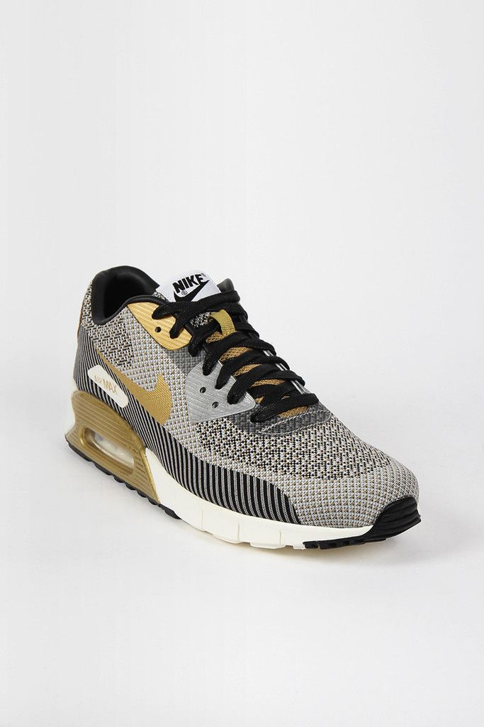 56be94f26b ... trophy Nike, Air Max 90 Jacquard, gold and mine .