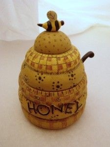Honey Pot Kitchen Timer - Designed by Debbie Mumm - I have this exact one!