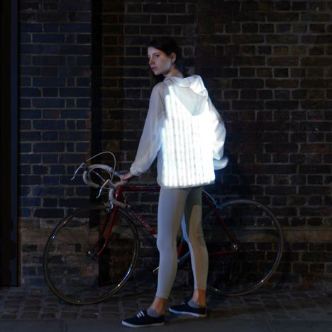 Deimatic Clothing mimics animal defence<br /> mechanisms to get women cycling