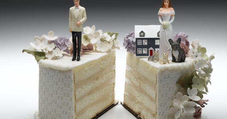 Vantagens e desvantagens do divórcio na família. Quando um casal se casa, tem a esperança de que o casamento durará. No entanto, existem épocas dentro de um casamento nas quais você pode se perguntar se deve ou não se divorciar. Existem vários argumentos de vantagens e desvantagens do divórcio. Cada argumento tem um peso diferente, dependendo da situação da família.