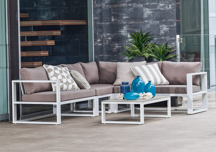 5pce adler cushion setting white taupe the outdoor for Outdoor furniture specialists