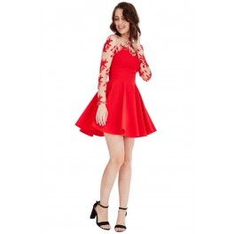 Vestido corto con malla bordada Skater Original y juvenil vestido mini de corte patinadora, con detalles de malla bordada. Rojo, Plata y Azul Eléctrico. Ya disponible para la venta y envío a través de la tienda online!