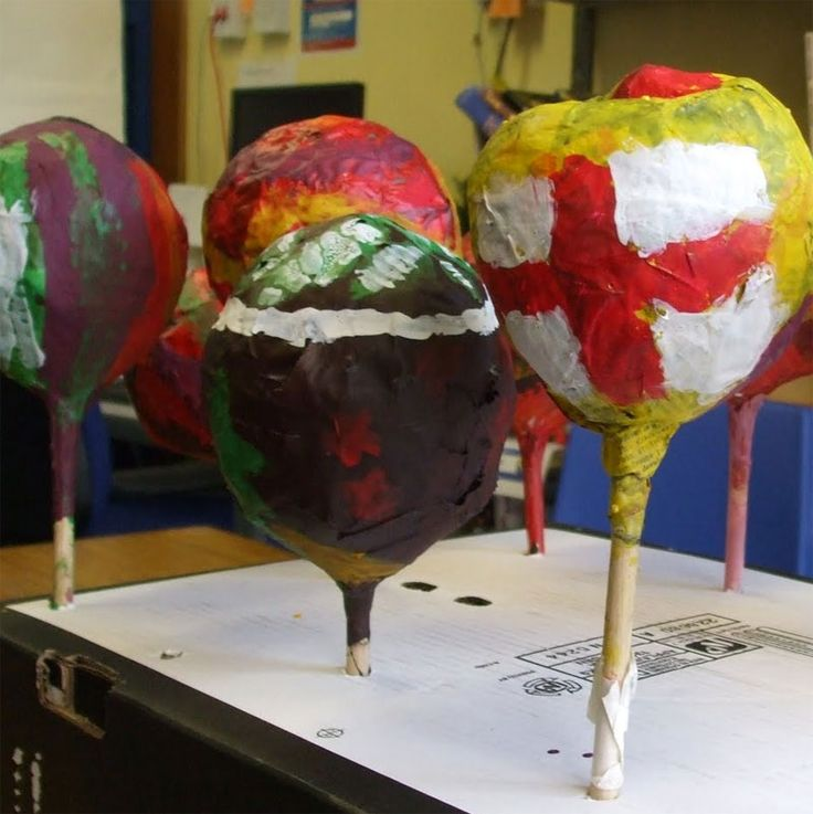 How to make maracas with balloons and paper mache lesson for Paper mache activities
